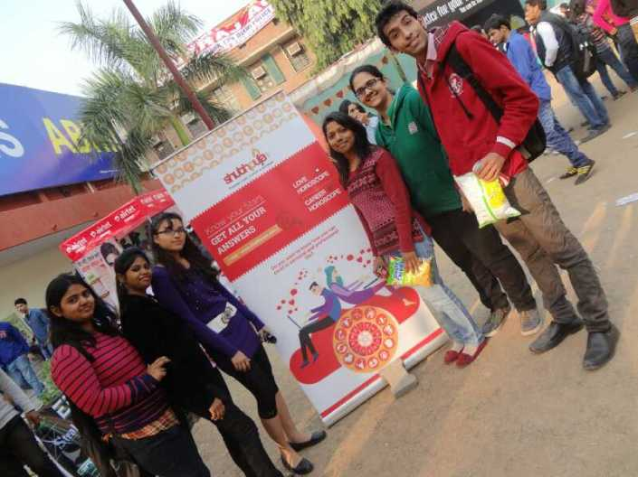 Shubhpuja Hindu college astro-numero