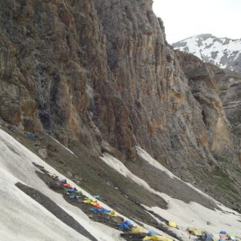 Approah to the Amarnath Cave