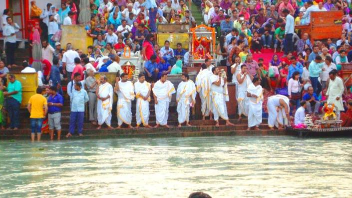 Ganga Aarti at Har Ki Pawri in the evening with priests Chanting Vedic Mantra before evening Aarati