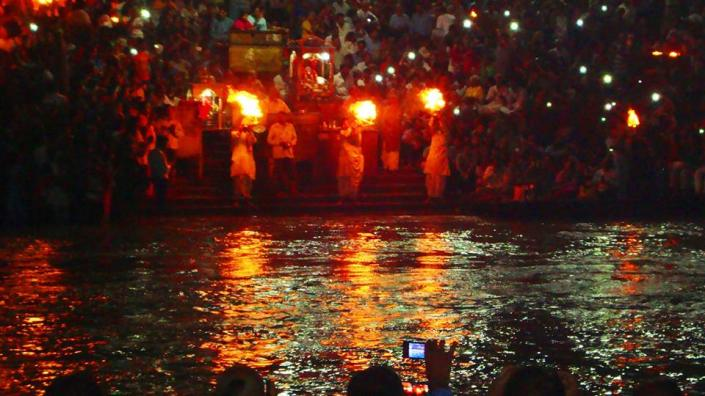 Ganga Aarti Har Ki Pawri in the evening