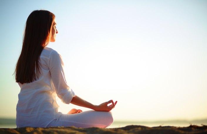 yoga-female-widescreen-hd-wallpaper-61328-63145-hd-wallpapers